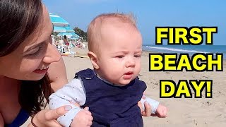 baby-s-first-time-at-the-beach