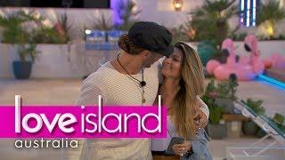 Francoise steals Elias from Cassidy | Love Island Australia 2018