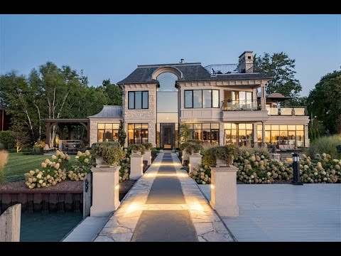Sophisticated Waterfront Home in Windsor, Canada
