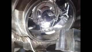 Фото к видео как заменить лампочку в фаре РЕНО ЛОГАН