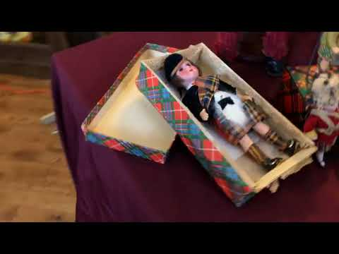 Mad For Plaid - Seminar With Antique and Vintage Dolls In Plaid