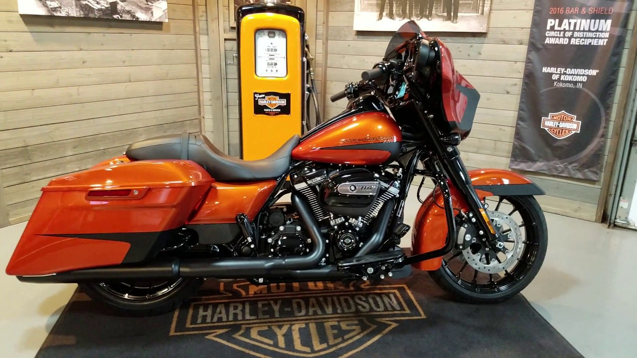2019 street glide special flhxs scorched orange black. Black Bedroom Furniture Sets. Home Design Ideas