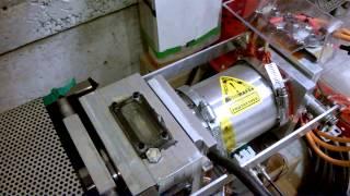Moteur et engrenage prototype sur le banc d'essai