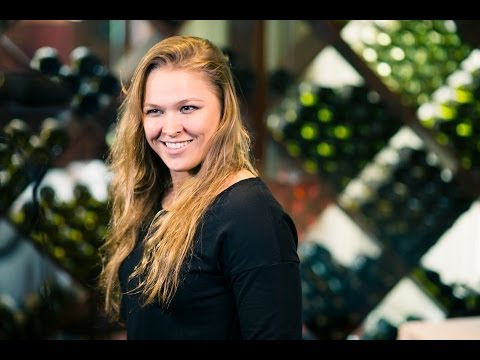 UFC 170: Ronda Rousey Says 'Cheers Don't Pay for Her Gas'
