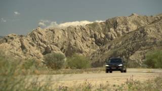 New BMW X3 30d - Driving Scene…