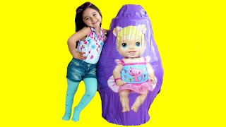 Video Baby Alive Huge Big Super Giant Surprise Egg Unboxing Dolls download MP3, 3GP, MP4, WEBM, AVI, FLV November 2017
