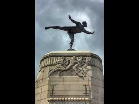 """Jack Reilly sings """"The Statue at the Auckland Domain"""""""