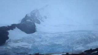 Base Almirante Brown. Bahía Paraíso. Antártida
