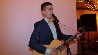 А эта свадьба пела и плясала. На гитаре.