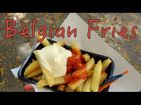 Frites: Belgian Fries taste test in Bruges, Belgium