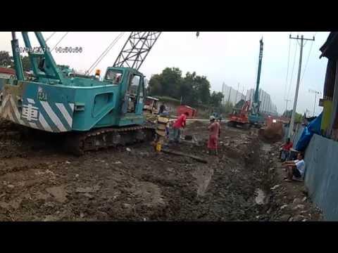 Pekerjaan Pemasangan Tremi dan Pengecoran Borepile Jalan Layang KA Medan (Video-2)