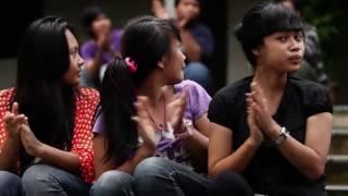 Romi & Yuli Dari Cikeusik (Film Denny JA & Hanung Bramantyo)