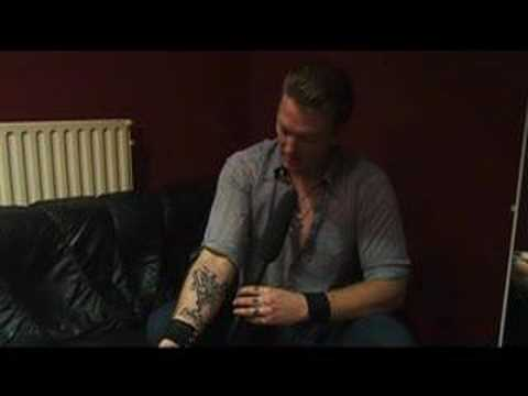 Queens of the stone age fan questions no 6 youtube for Queens of the stone age tattoo