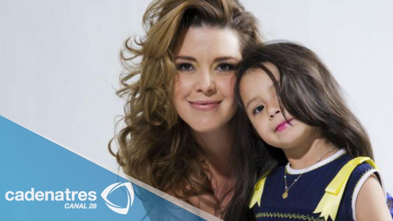 Hija de Alicia Machado pide trabajo - YouTube