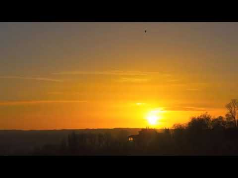 SUNRISE And SUNSET Time-Lapses Prove FLAT EARTH! thumbnail