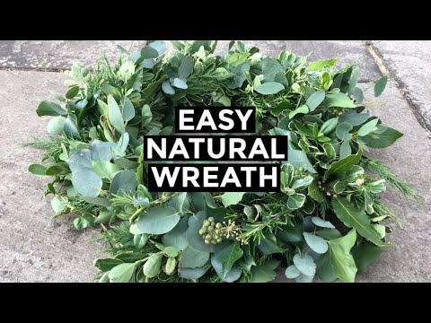 How To Make Christmas Wreath From Scratch   Easy NATURAL Christmas Wreath (2019)