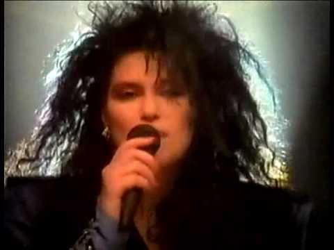 """Ann,Nancy Wilson  Heart """"Rare"""" Interview 1985 - For UK TV"""