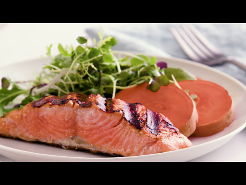 Herbed Salmon with Citrus Sauce | Healthy Recipes by alli®