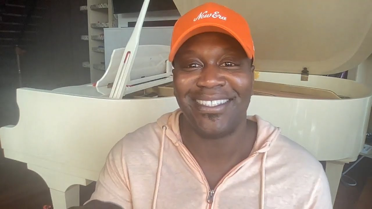 Guest host Tituss Burgess dishes on 'Bachelor in Paradise' 2021 ...