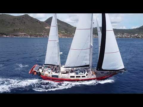 Guppy racing along on the Caribbean sea