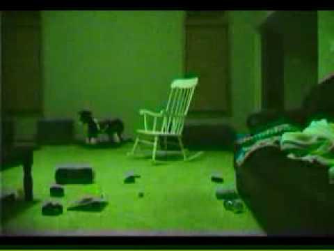 Fantasma Sedia A Dondolo.Sedia A Dondolo Reale Si Muove Da Sola Youtube