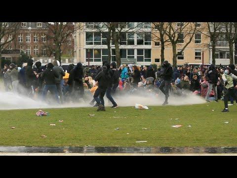 هولندا: اعتقال 240 شخصا بعد أعمال عنف تبعت فرض حظر تجول ليلي في البلاد للتصدي لفيروس كورونا  - 10:01-2021 / 1 / 25