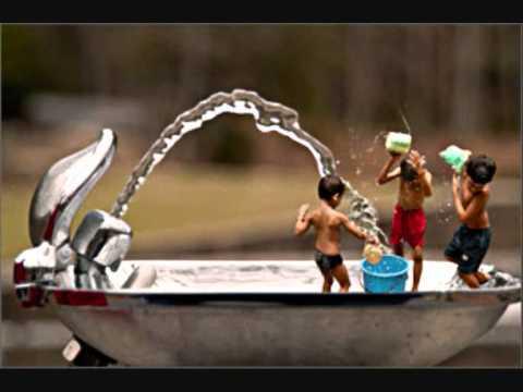philip-marais---kinders-moenie-in-die-water-mors-nie...wmv