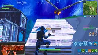 Fortnite building and aiming with Touchpad is so hard wow crazy