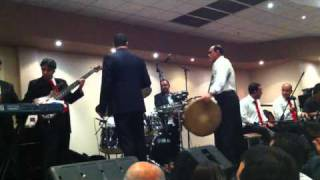 Fares Karam in Sydney - #7 Tanoura & moulayitein & mendon shams w may HD (Live Sydney 2010)