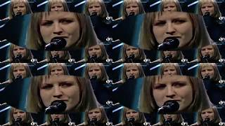 Video The Cranberries - Ode To My Family (MTV Unplugged 1995) download MP3, 3GP, MP4, WEBM, AVI, FLV Maret 2018