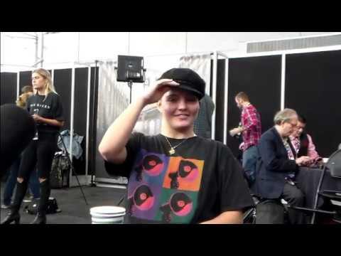 NYCC 2018: GOTHAM Roundtable  w Camren Bicondova Selina Kyle