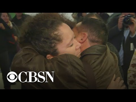 CBSN Exclusive: Separated family's emotional return to U.S.