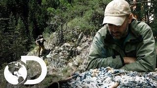 Sin energía, ni comida en las montañas   Ed Stafford al extremo   Discovery Latinoamérica