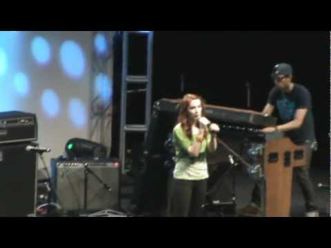 VIDCON 2012: FELICIA DAY SINGS LIVE