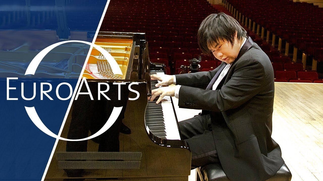 Asian pianist young boy