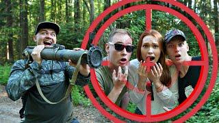 Экстремальные прятки в лесу против базуки
