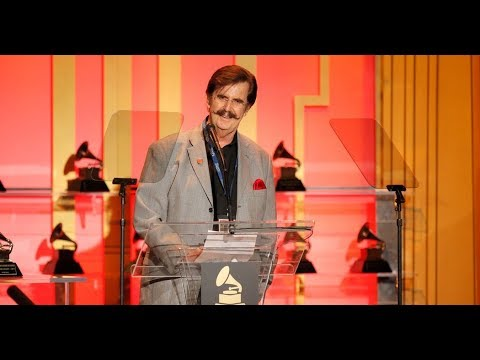 Rick Hall, Music Producer Known for Muscle Shoals Sound, Dies at 85