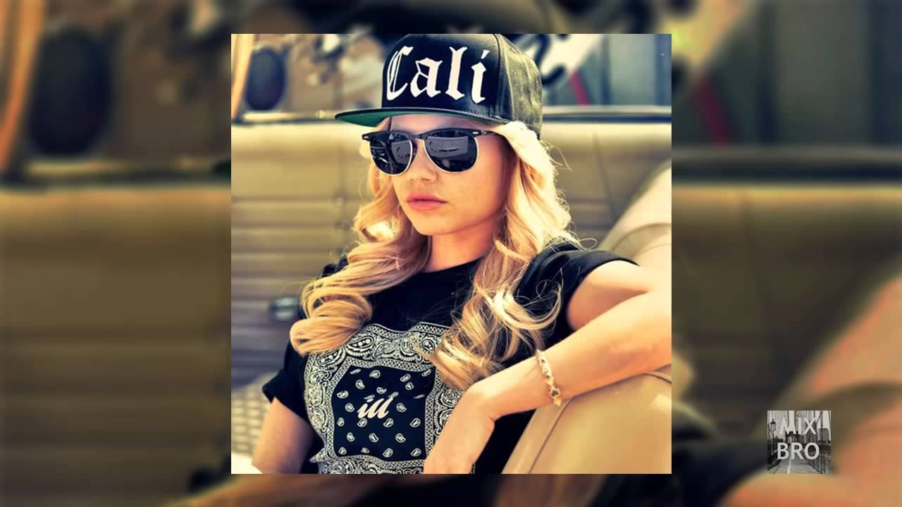 Download Chanel West Coast    Blueberry Chills ft  Honey Cocaine