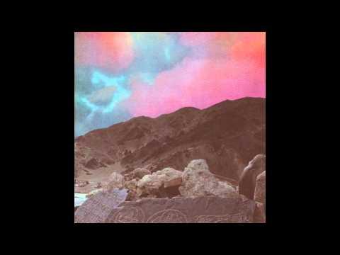 Vektroid : POLYMIND EP / Windows Safari / Sphinx Caverns