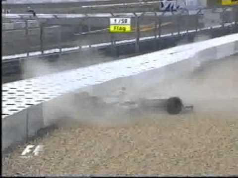 F1 2005 - Europe Grand Prix - Crash Kimi Raikkonen