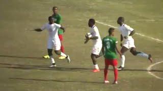 Madagascar 2-2 Sénégal | Éliminatoires Coupe du monde 2018 - 2e tour aller(Le Sénégal a arraché un nul (2-2), vendredi (13/11/2015) à Madagascar, en match aller du deuxième tour des éliminatoires du Mondial 2018. Avec ce résultat ..., 2015-11-15T03:17:40.000Z)