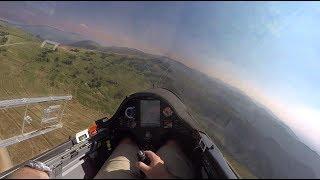 Glider Playing on Smokey Ridge of Utah's Skyline Drive