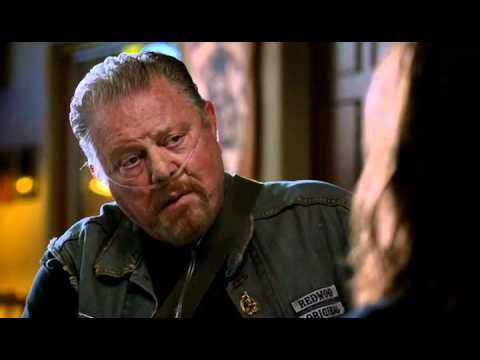 sons of anarchy appisode 3 piney and tara youtube. Black Bedroom Furniture Sets. Home Design Ideas