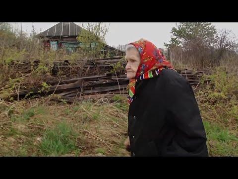 Деревня Сафоново: 85-летняя бабушка осталась в деревне одна (новости)