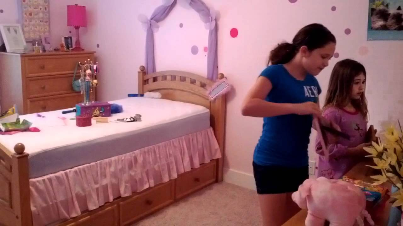 how the girls clean their rooms youtube rh youtube com