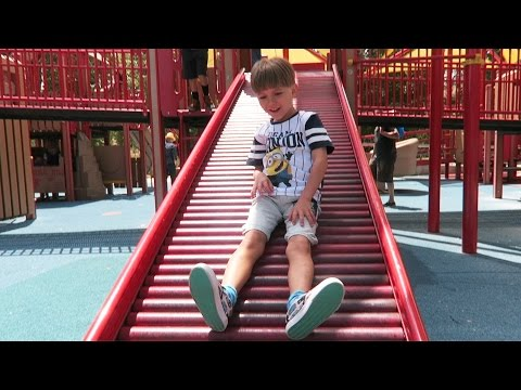 American Playground Fun - Slide Jump Run Climb