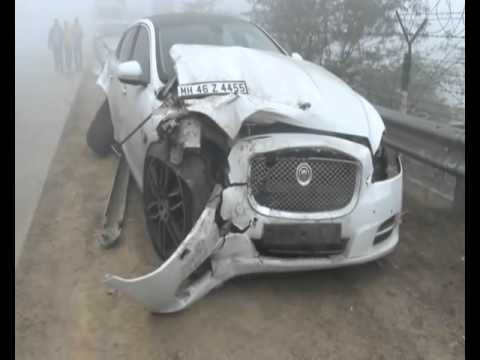 Greater noida car accident due to fog
