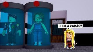 JUANA THE GUAPA APPEARS in ROBLOX's FLEE THE FACILITY 😱