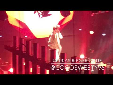 Lukas Rieger - Security Pascal picks Fan & Number One || Compass Tour 2016 ~ Frankfurt || 26.11.2016