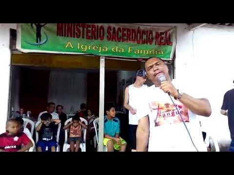PASTOR CICERO LOUVANDO YEGUMANASH NA RUA